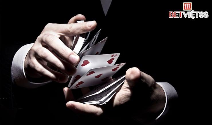 Cách chơi Poker cực kỳ dễ hiểu cho người mới bắt đầu
